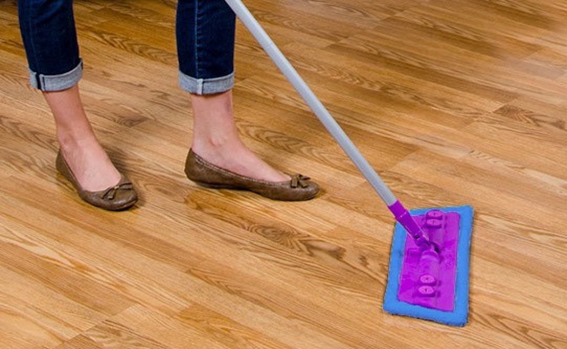 4 Reasons To Use A Rejuvenate Floor Cleaner