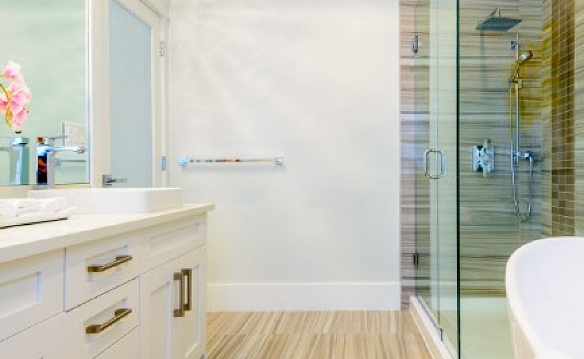 How to Remove Stubborn Soap Scum from Bathrooms